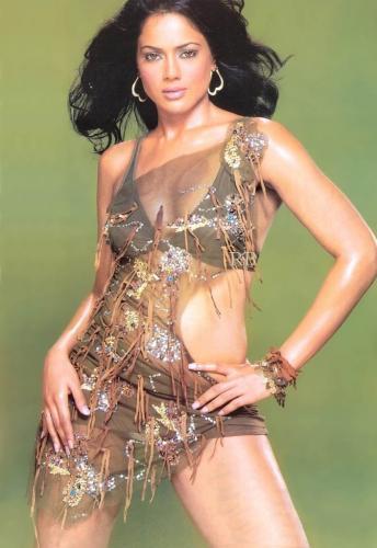 Sameera Reddy Hot